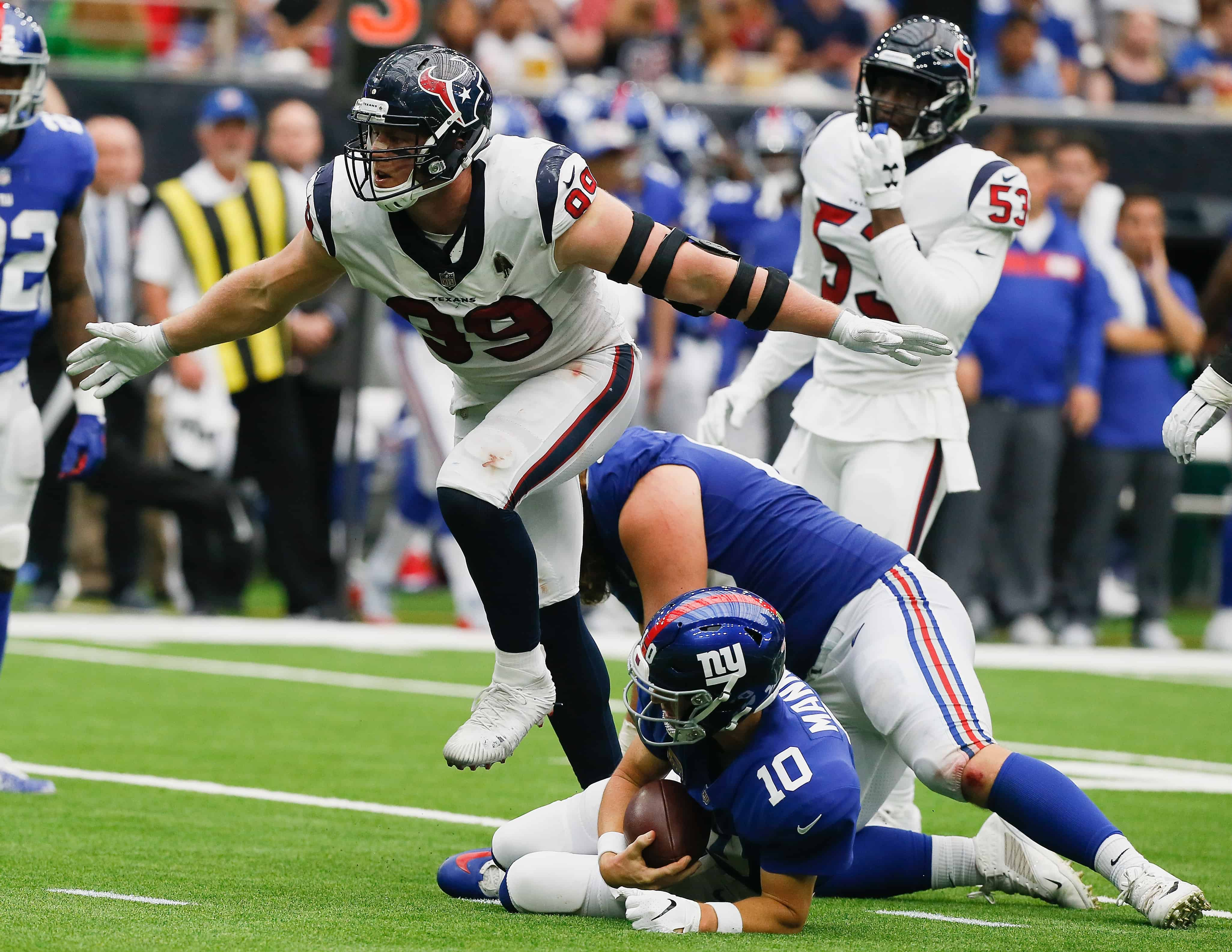 JJ Watt sacks Eli Manning