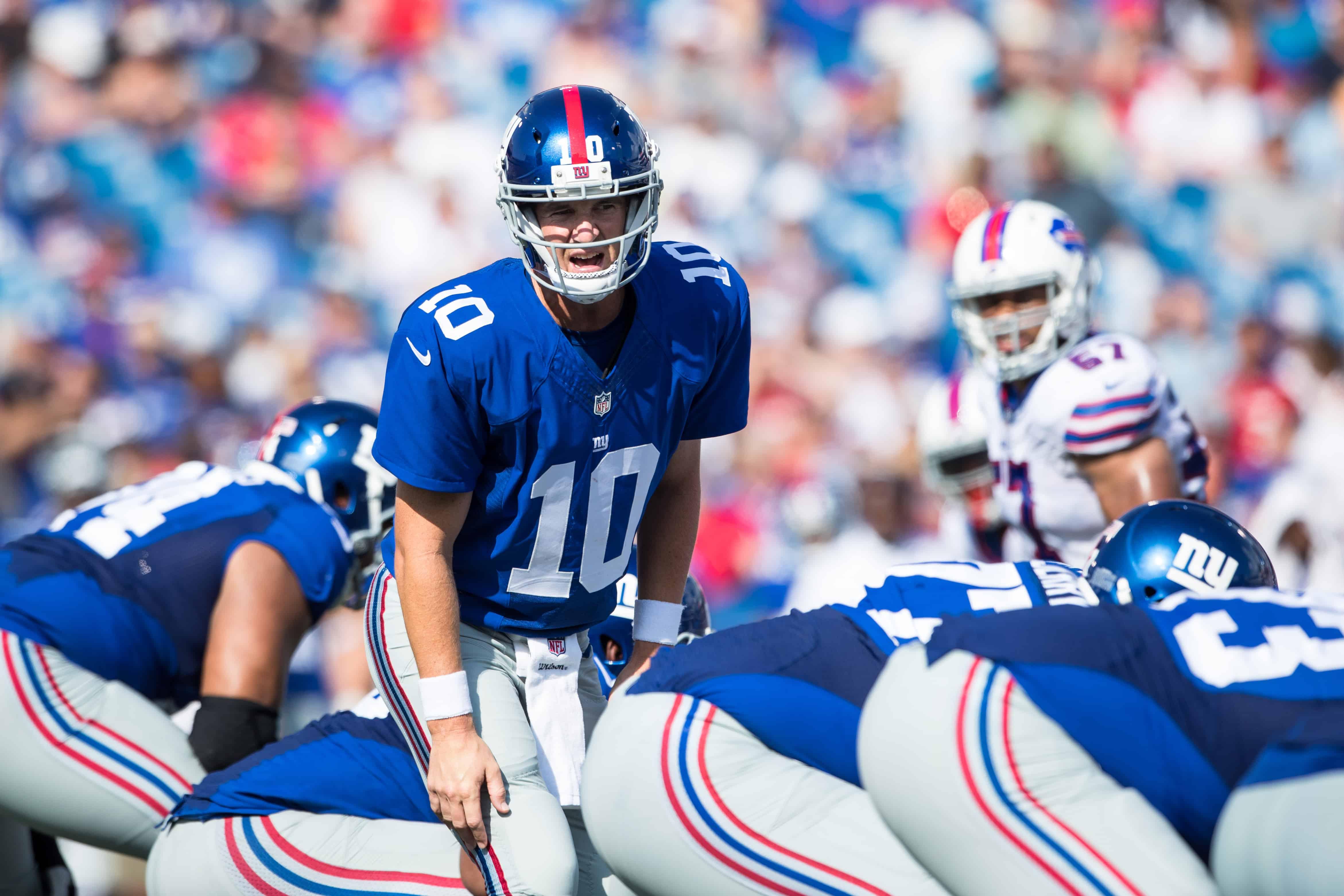 Eli Manning gets set against the Bills
