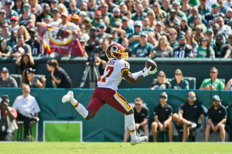 Terry McLaurin catches pass against Eagles